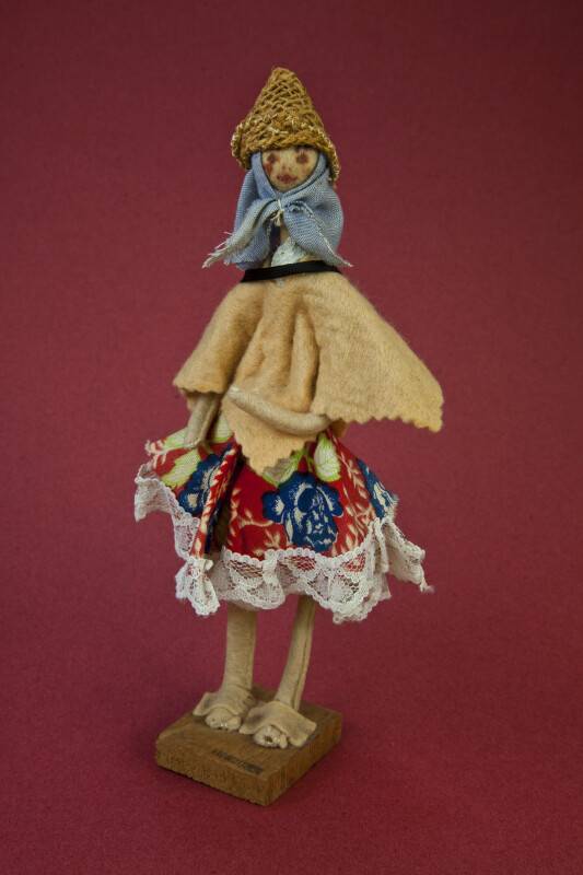 Venezuelan  Woman Handcrafted from Wire and Felt Material (Full View)