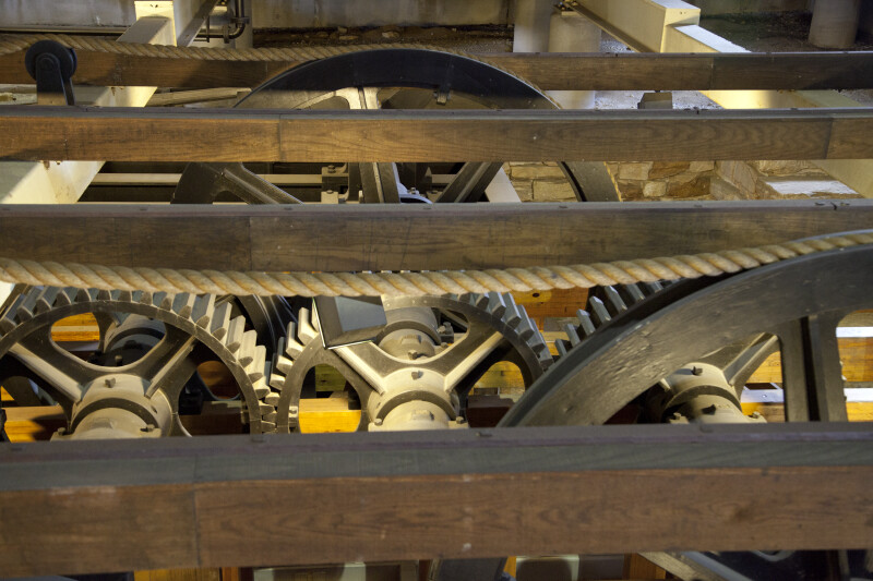 Vertical Sheaves and Cogs in a Pit