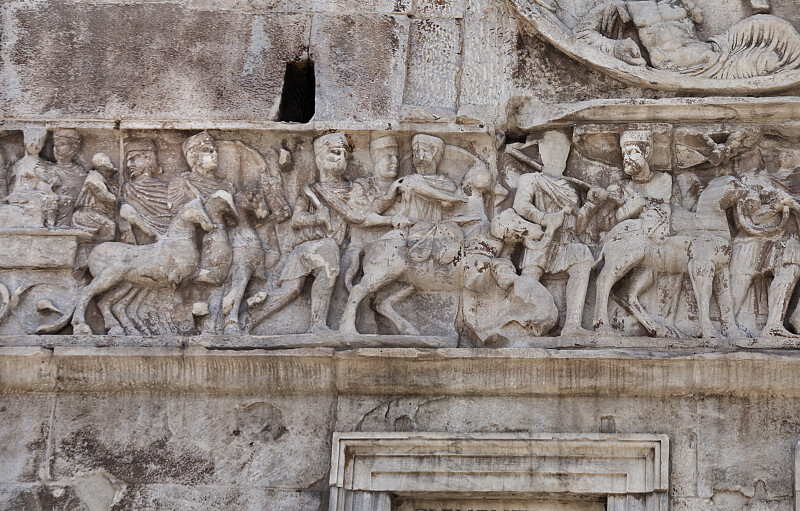 War against Massentius and Constantine's Victory