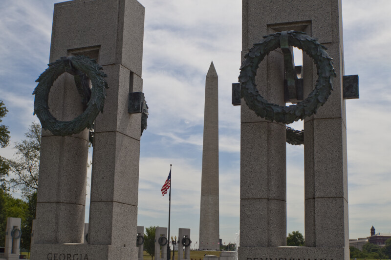 Washington Monument and World War Two Memorial